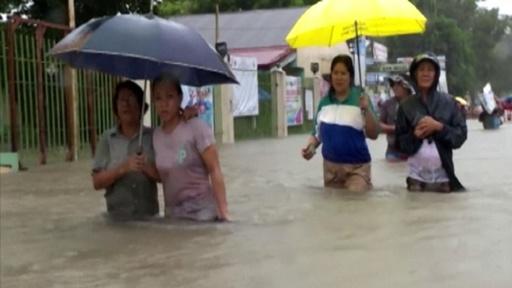動画:フィリピンで豪雨、68人死亡