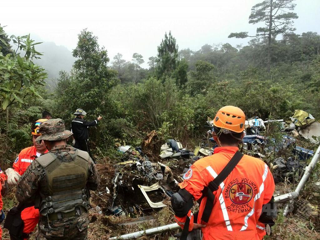 軍ヘリが墜落、参謀長ら5人死亡 グアテマラ