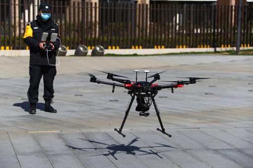 新型コロナとの闘いに活躍するハイテク機器 中国