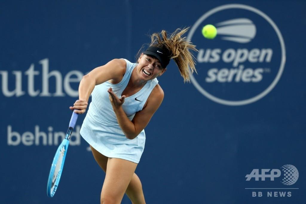 シャラポワがバーティとの元女王対決に屈す、W&Sオープン2回戦敗退
