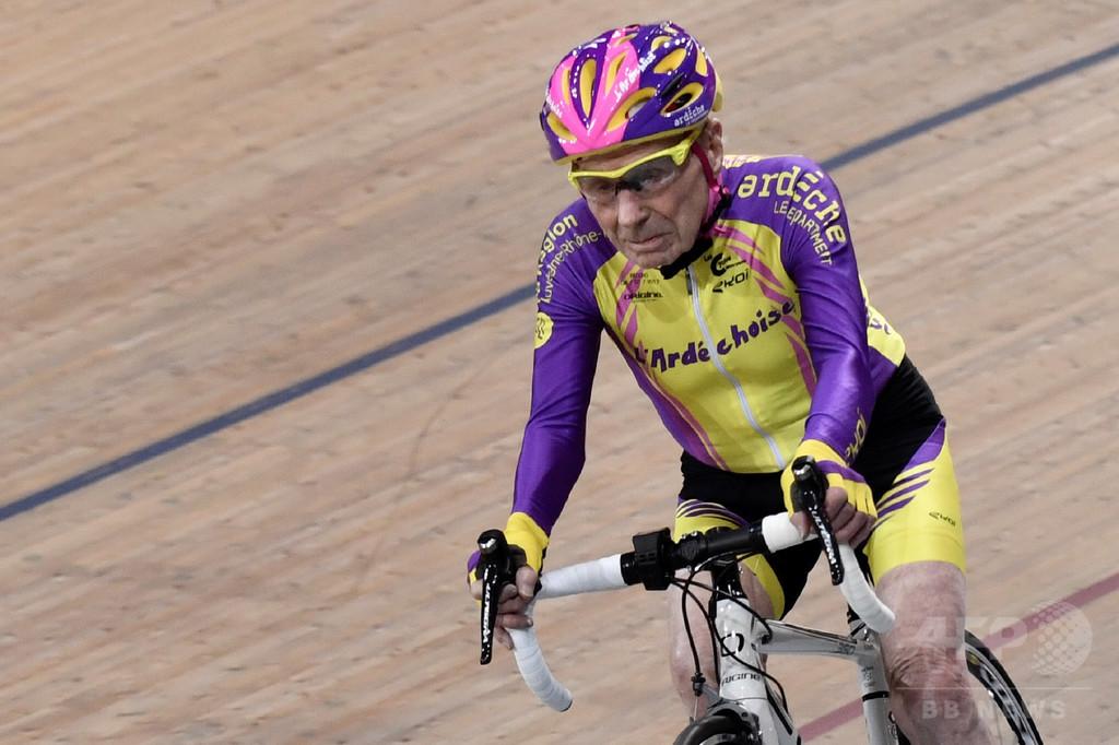 「世界最高齢のサイクリスト」、106歳のフランス人男性が引退