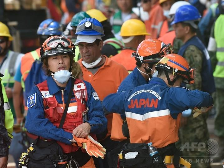 日本の救助隊