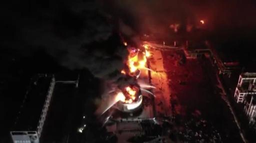 動画:江蘇・塩城の化学工場爆発事故、640人が病院で手当て受ける