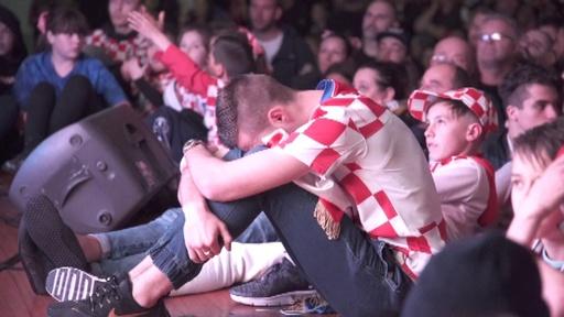 動画:悔しさと誇らしさの入り交じった準優勝、クロアチア国民は「英雄」を祝福