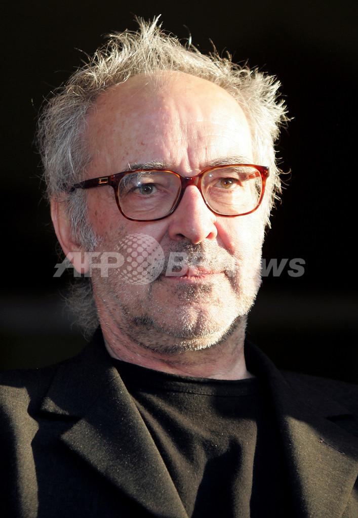 ジャン・リュック・ゴダール監督、「映画のために金を盗んだ」過去を告白