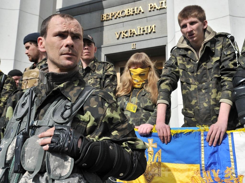 ウクライナ情勢「本土侵攻の意図なし、連邦化を」 露外相