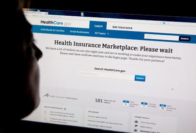 オバマケアの保険加入者、初月はわずか10万人