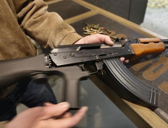 米、銃連射装置「バンプストック」禁止 乱射事件で使用