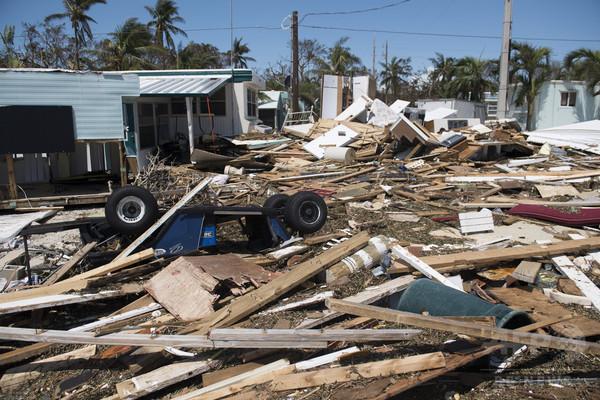 大型ハリケーン「イルマ」、米フロリダ州の死者12人に