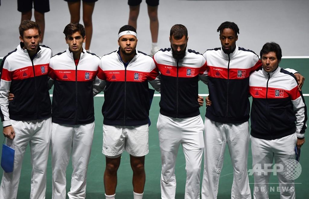 日本は強豪フランスに惜敗、錦織不在も金星目前まで迫る デ杯