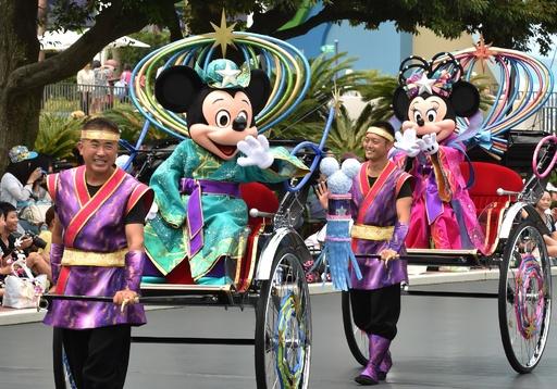 ミッキーとミニーが七夕グリーティング、東京ディズニーランド