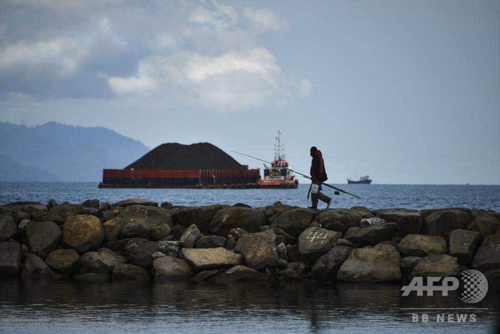 釣り人の男性、飛び込んできた魚に当たり死亡 豪北部