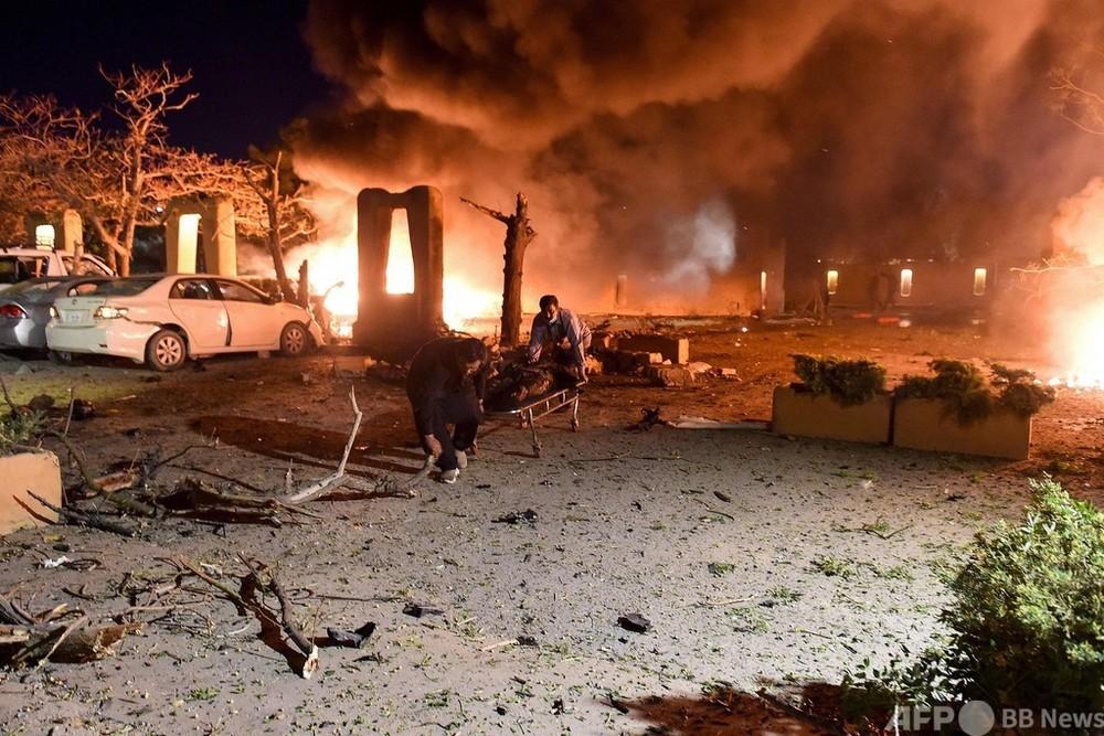 中国大使投宿のホテルで爆発、4人死亡 パキスタン