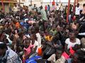 南スーダンで戦闘続く、米職員に国外退避指示 数百人死亡か