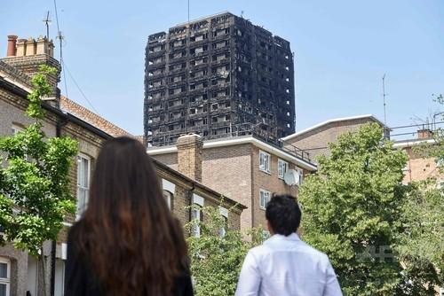 英高層住宅火災、「識別可能な最後の遺体」を収容