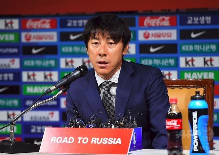 韓国代表新指揮官、シュティーリケ前監督の戦略不足を批判