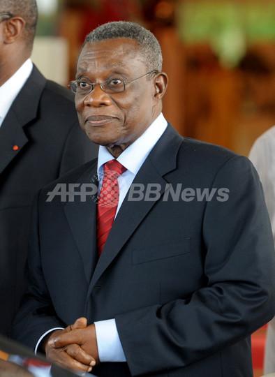 ガーナのミルズ大統領が急死、後...