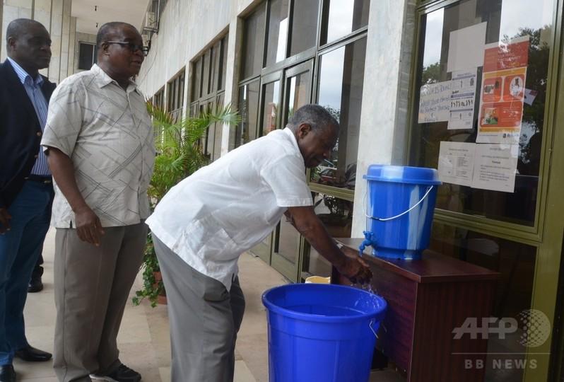 エボラ出血熱の実験薬を西アフリカに供与、米医薬品開発企業