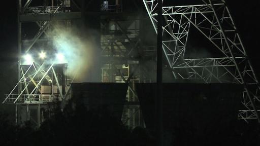 動画:南アの金鉱、作業員955人が坑内に閉じこめられる