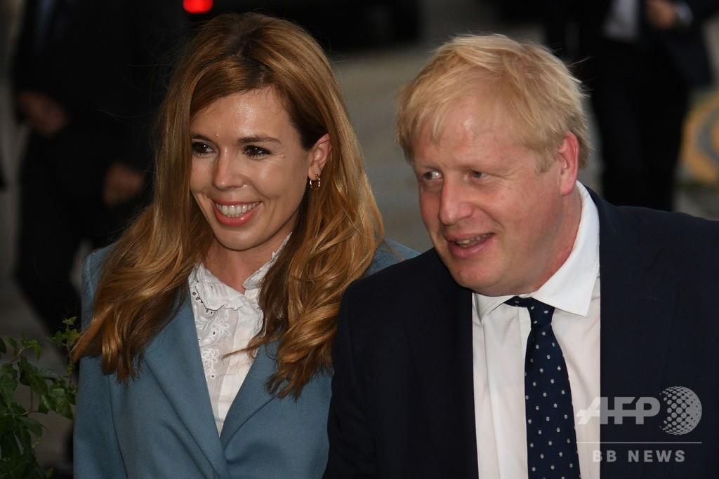 イギリス 首相 結婚