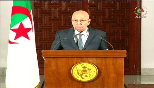 アルジェリア、12月に大統領選実施へ