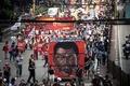 フィリピン、ドゥテルテ大統領の反対派と支持派がそれぞれ集会