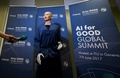 「人工知能は世界のために」 人型ロボットが語る未来