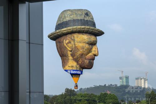 ゴッホが空を舞う、国際熱気球大会 マレーシア
