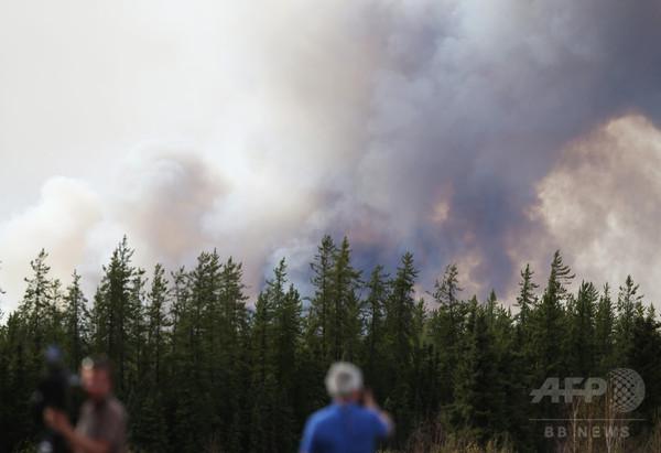 カナダの大規模な森林火災、延焼速度が大幅に低下