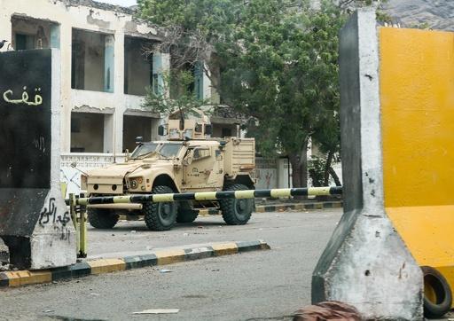 イエメン、「内戦の中の内戦」 南部独立派がアデンの占拠施設から撤退