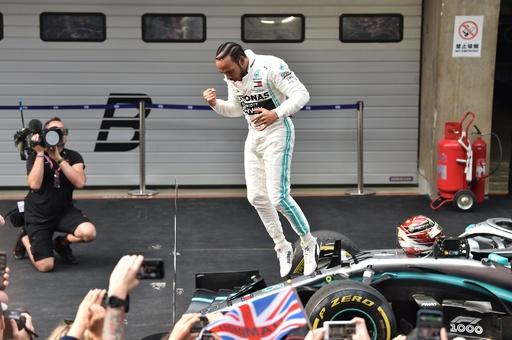 ハミルトンが節目1000戦目で完勝、メルセデスはワンツー 中国GP