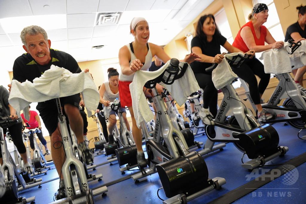 運動不足による健康問題、経済損失年間7兆円に 研究
