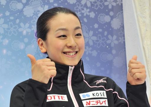 浅田が世界最高得点で女子SP首位、世界フィギュア