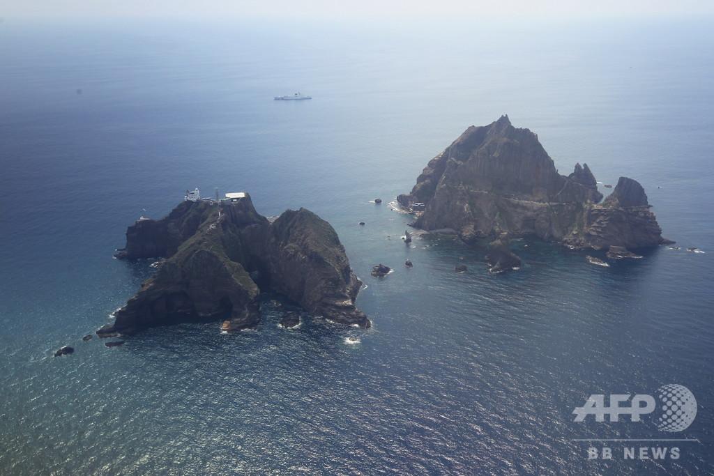 竹島近海で韓国の救助ヘリ墜落、7人不明