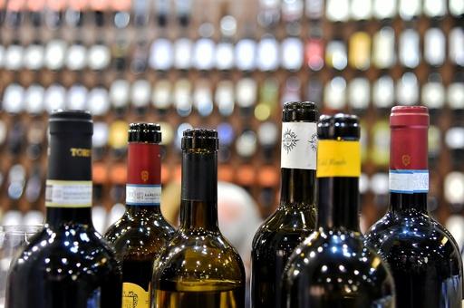 シンガポール企業、北朝鮮に大量の酒類を不正供給か
