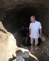 「タフガイ」プーチン首相が海底遺跡を探索、6世紀のつぼ発見