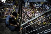 超過密!定員800人の拘置所に収容者3800人 フィリピン