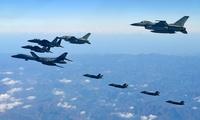 米韓軍事演習で戦闘機飛行、韓国国防省が画像公開