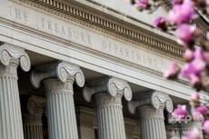 米国公的債務の膨張にやきもきし始める投資家