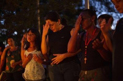 ブラジルの鉱山ダム決壊、死者99人に 住民らが追悼