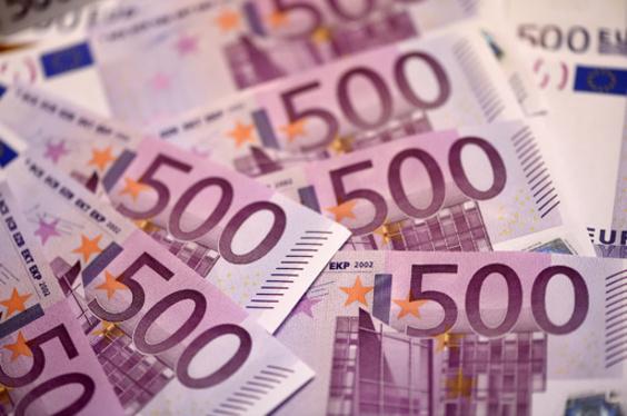 難病の娘利用し「募金詐欺」、夫婦に禁錮刑 スペイン