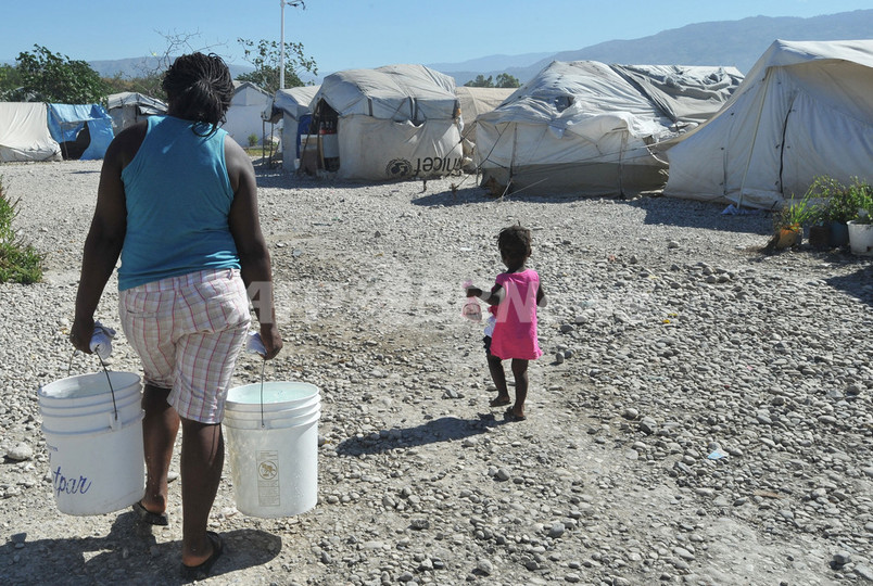 ハイチのコレラ流行、国民半数へ...