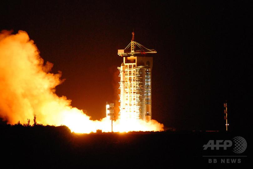 中国、世界初の量子通信衛星を打ち上げ