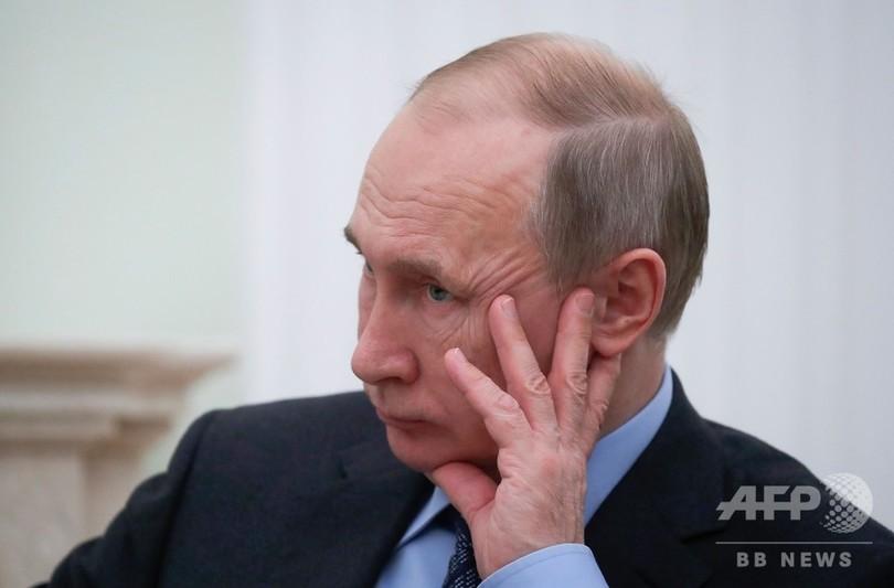 ロシアもINF条約の参加停止、プーチン大統領が表明