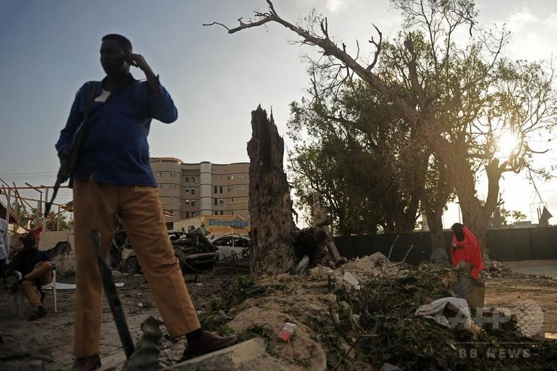 ソマリア首都で自動車爆弾、38人死亡 イスラム過激派が犯行声明