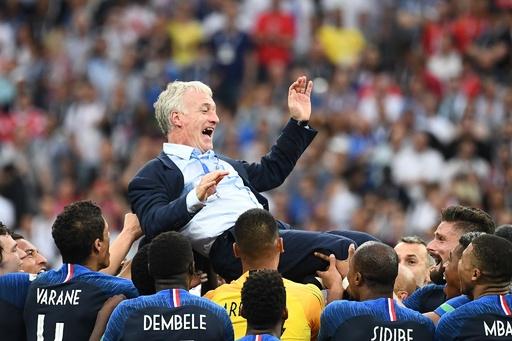 仏デシャン監督、W杯優勝は「欧州選手権で敗れた経験」のおかげ