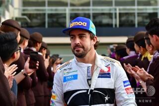 アロンソがデイトナ24時間優勝、可夢偉らと共に雨のレース制す