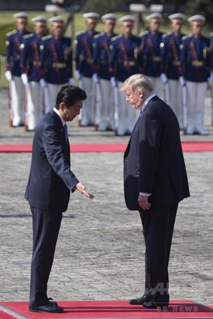 【外交】トランプ大統領、迎賓館で池の鯉に餌やり ->画像>64枚