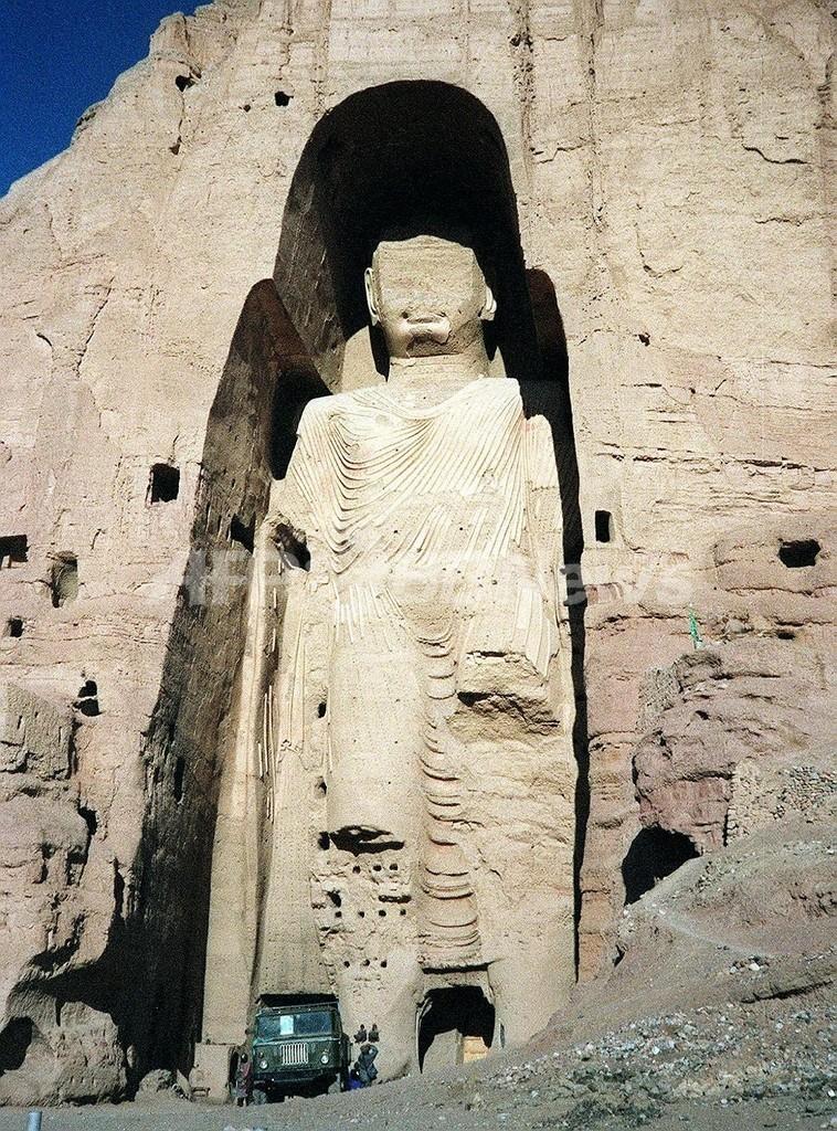 バーミヤンで伝説の「横たわるブッダ」像の一部発見 写真1枚 国際 ...