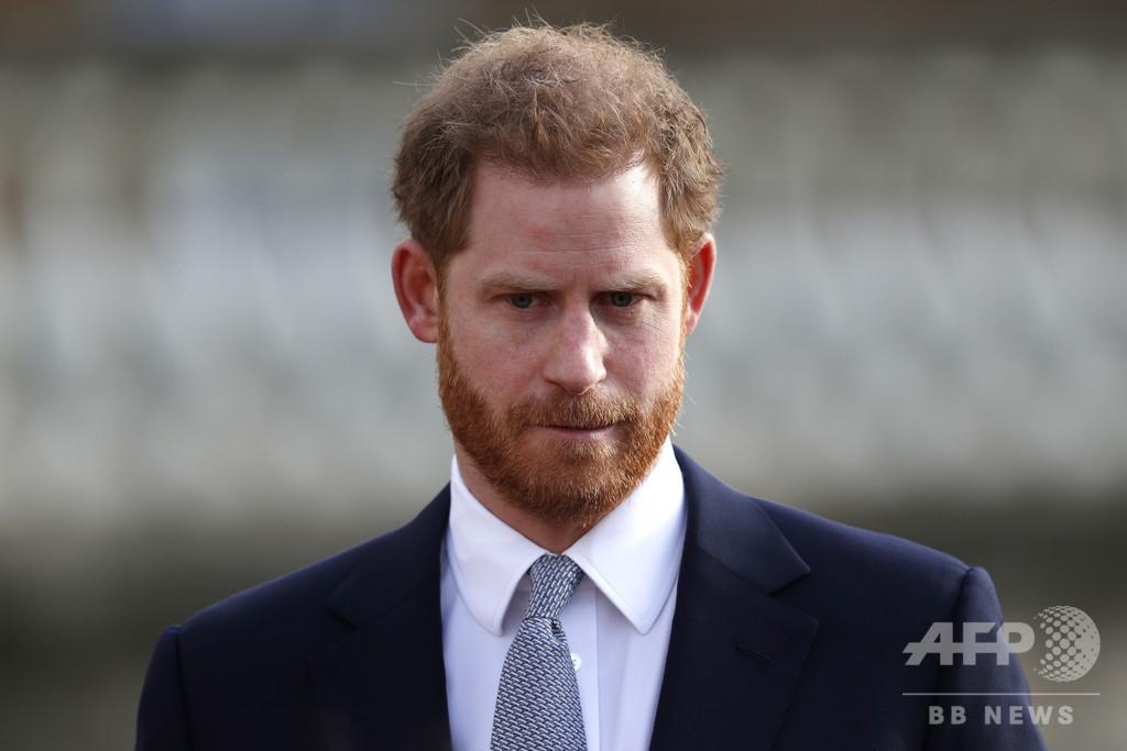 英王室離脱のヘンリー王子「深く悲しんでいる」